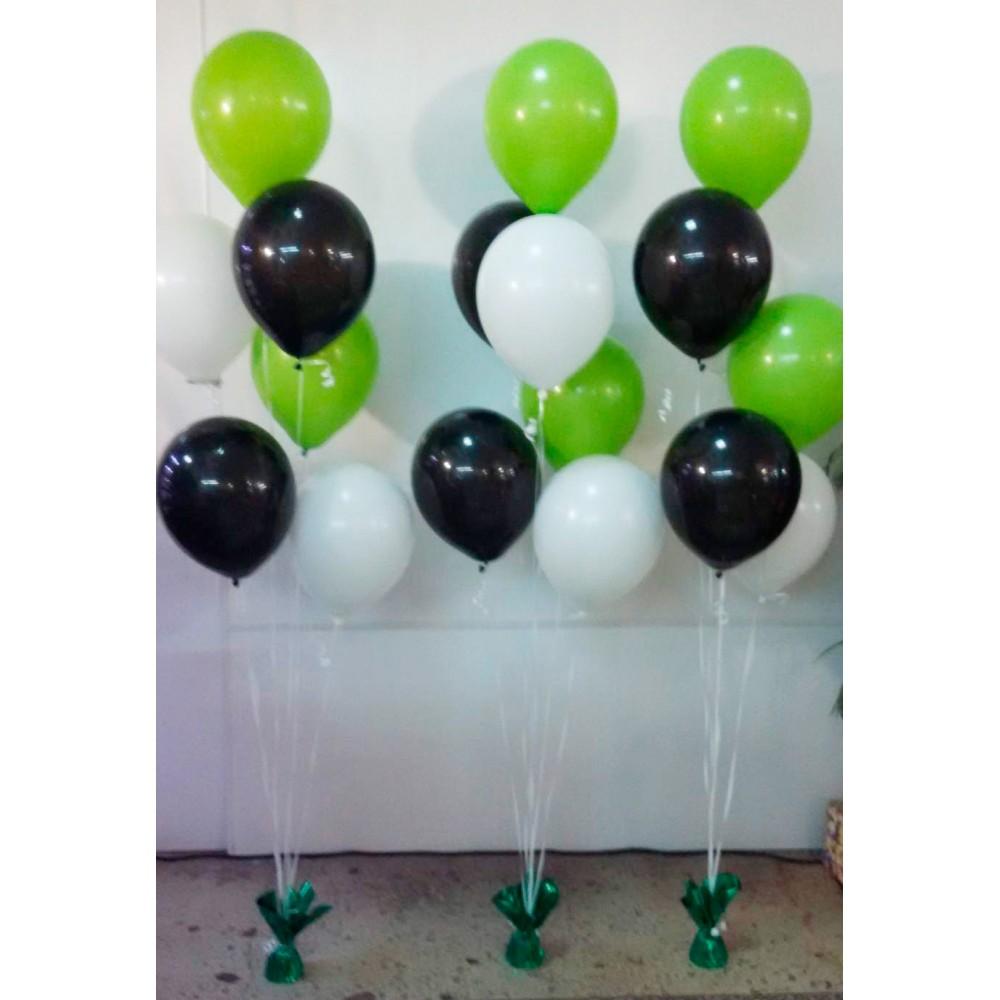 Сет из белых, черных и зеленых шаров